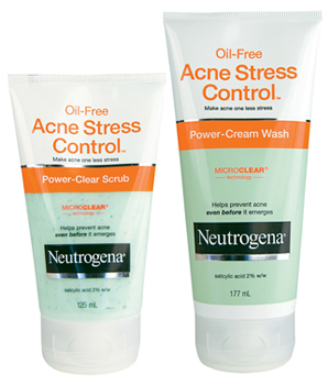 Reviews of the Neutrogena Oil-Free Acne Stress Control Face Wash and Scrub